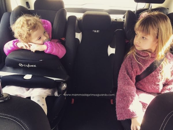 regole per non dimenticare bambini in auto