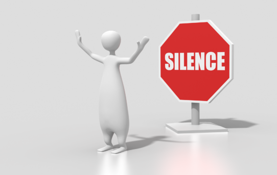 silenzio davanti alle tragedie