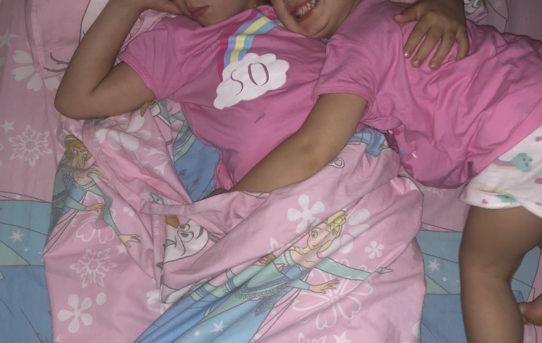 bambini che si svegliano la notte